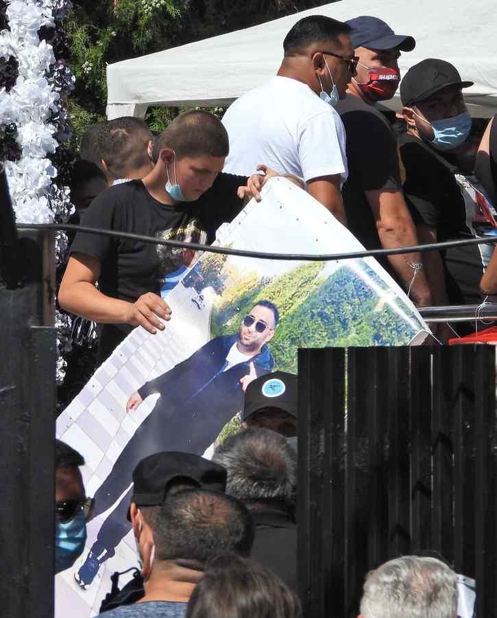(FOTO) Interlopul Emi Pian a fost înmormântat   Inmormantare Emi Pian